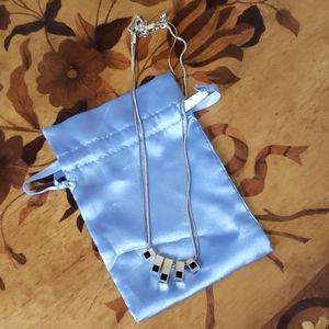 Necklace with reversible options never worn